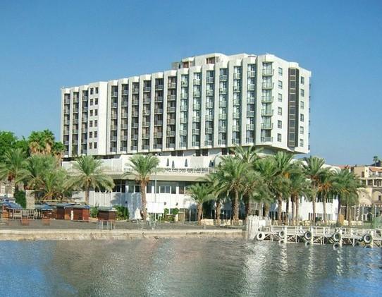 קיסר פרמייר טבריה - דילים למלונות בטבריה 2019